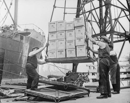 Contenedores en logística marítima