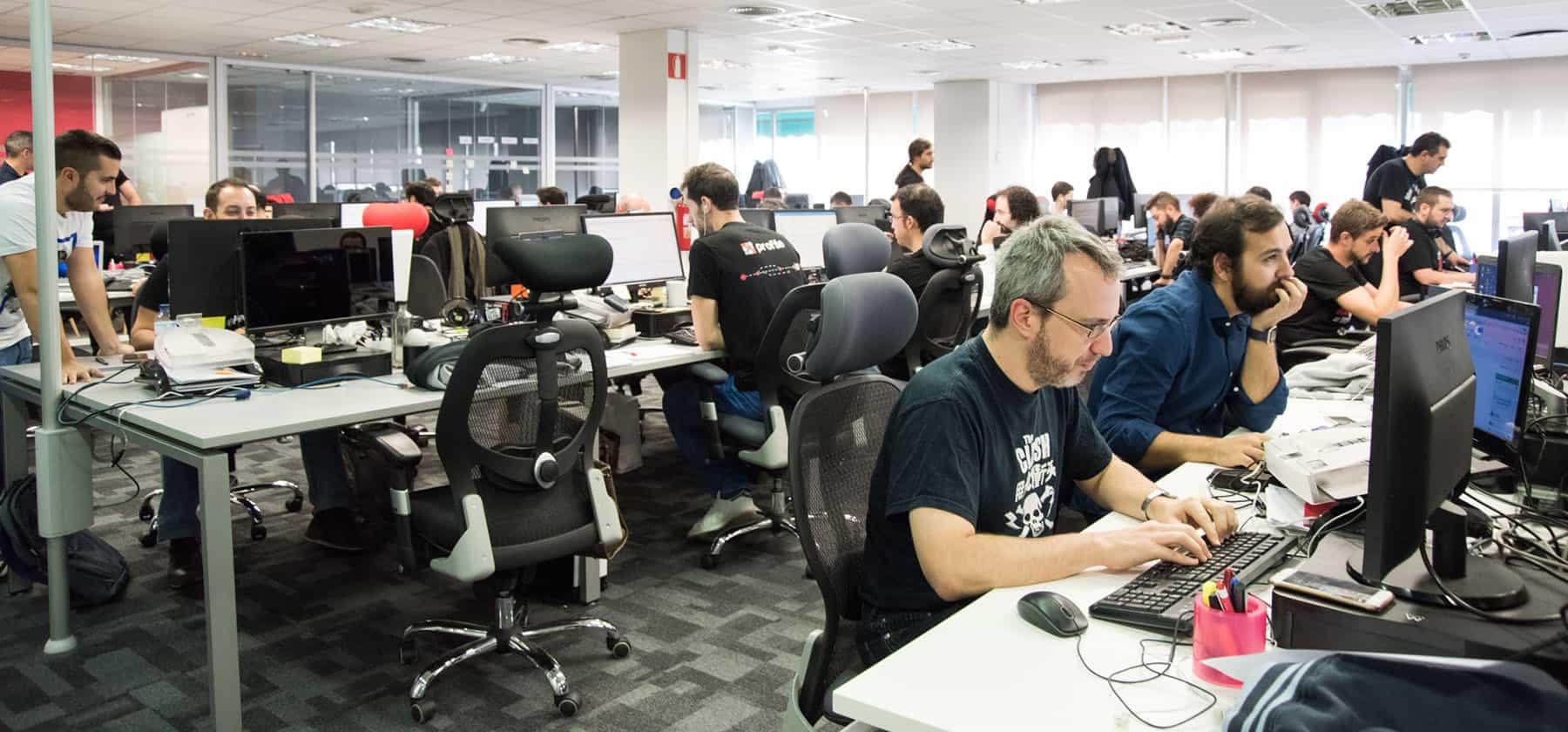 ofertas de trabajo programacion software en madrid y barcelona